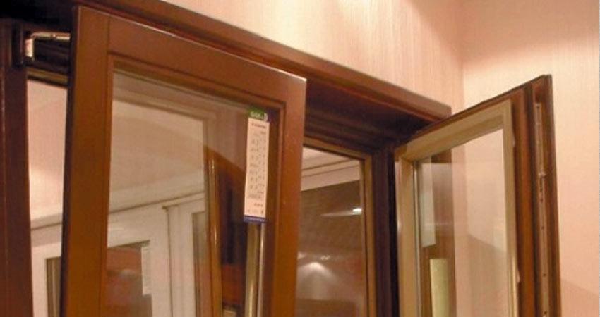 Окно деревянное поворотно откидное